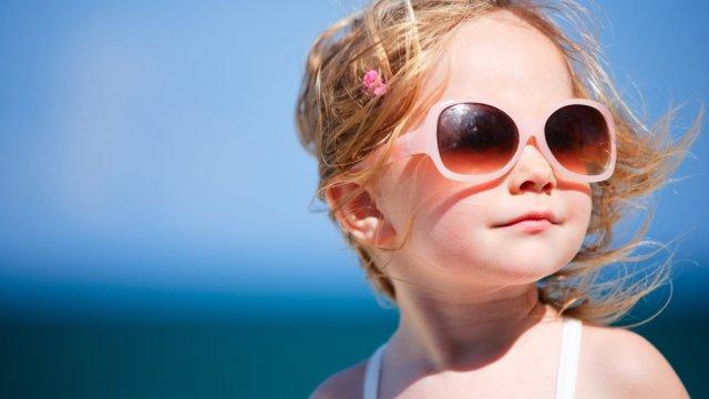 Protégez vos yeux en été des rayons du soleil